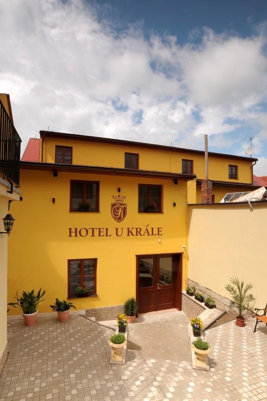 Hotel U krále & apartmány***